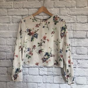 4/$20☀️ Zara Floral Cropped Blouse - Silky Feel